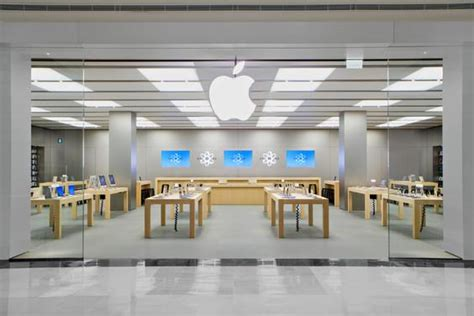 apple trademarks store layout  design ubergizmo