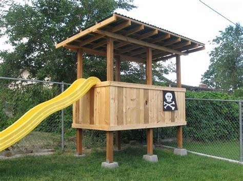 Backyard Forts backyard fort
