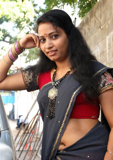 navels of hot real life desi aunties in street and home low hip page 7 xossip