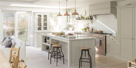 Best Kitchen Colors With White Cabinets by 10 Best White Kitchen Cabinet Paint Colors Painting