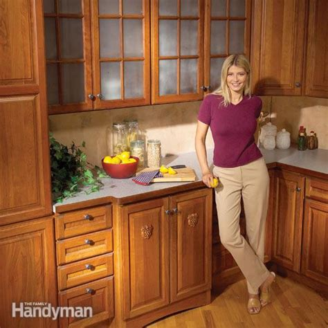 kitchen cabinets  easy repairs  family handyman