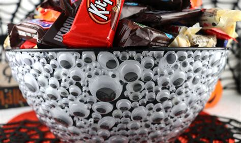googly eyes candy bowl  sisters