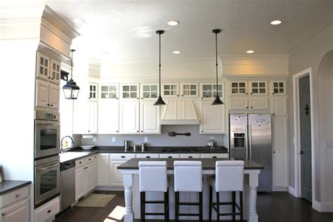 closing  space  kitchen cabinets