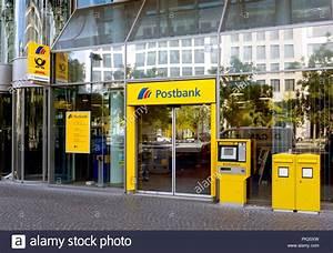 Dhl Frankfurter Allee : deutsche post office stock photos deutsche post office stock images alamy ~ Yasmunasinghe.com Haus und Dekorationen