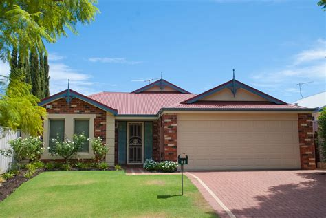 Roof Restorations Perth, Re-roofing, Gutters & Downpipes
