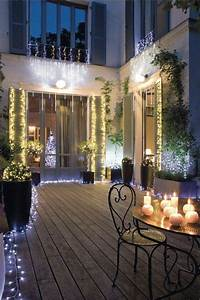 Guirlande Lumineuse Exterieur Professionnel : un jardin illumin pour no l d co deco noel et guirlande lumineuse ~ Teatrodelosmanantiales.com Idées de Décoration