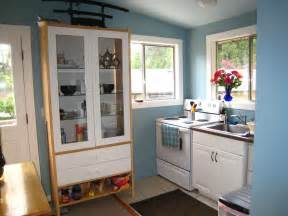 kitchen ideas for small spaces decorating ideas for small kitchen space thelakehouseva