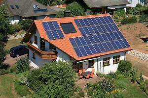 Solar Auf Dem Dach : was kostet eine solaranlage auf dem dach good kosten frderung von anlagen rechner finanztip ~ Heinz-duthel.com Haus und Dekorationen