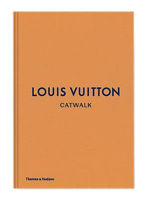 Find great deals on ebay for coffee table book about coffee tables. LOUIS VUITTON Catwalk - Coffee table book / New Mags ...