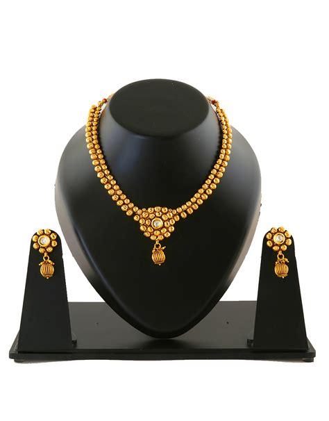 buy thushi pattern maharashtrian necklace set styled