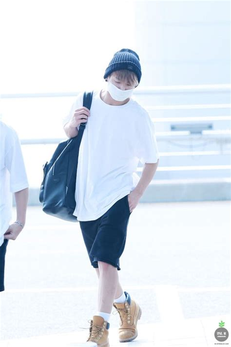 22 best images about BTS Jungkook Airport Fashion on Pinterest | Kpop Airport fashion and Incheon