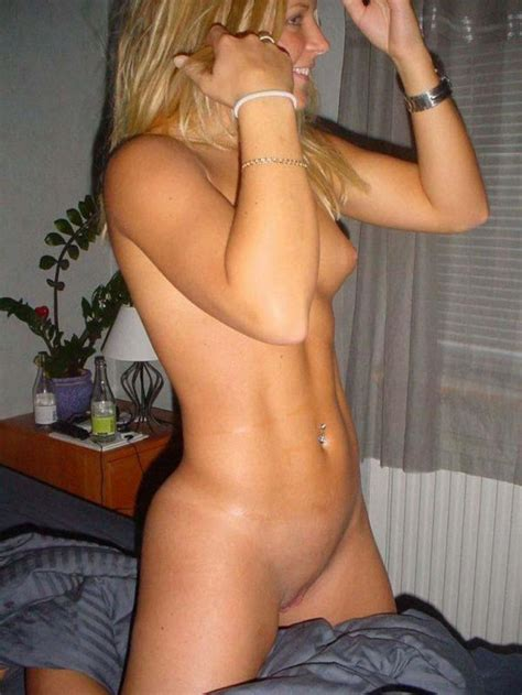 Blonde Girlfriend Is All Naked And Ready For Sex