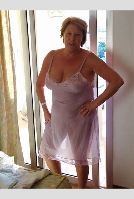 413 grannies in see through tops - 26 Pics - xHamster.com