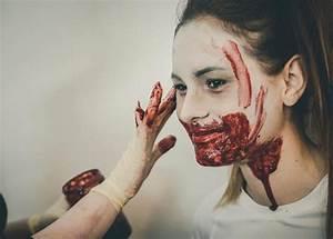 Zombie Schminken Bilder : zombie run graz inside graz ~ Frokenaadalensverden.com Haus und Dekorationen