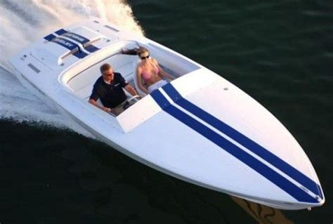 Donzi Go Fast Boats For Sale by Donzi Shelby Sweet 16 Cool Single Engine Speed Boat