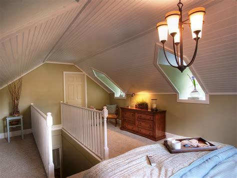 Run My Renovation: An Unfinished Attic Becomes a Master