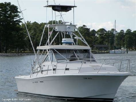 Salty Dog Boat Name by 1984 Uniflite 28 Salty Dog Boats Yachts For Sale