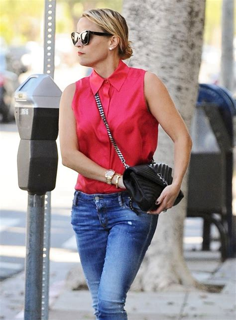 bags   boxier  saint laurent bag  gaining traction  celebs  week