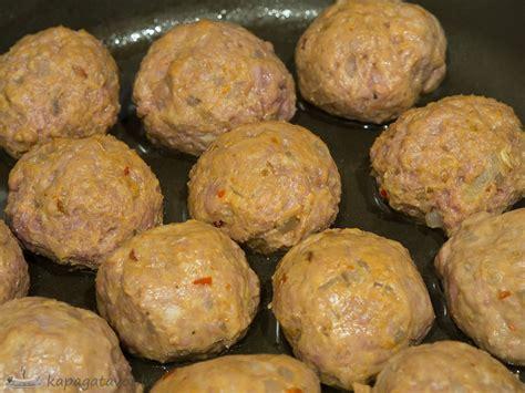 Maltās gaļas bumbiņas (meatballs)