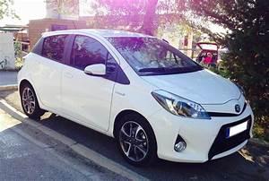 Toyota Yaris Hybride Dynamic : voiture toyota yaris hybride 100ch dynamic languedoc rousillon ~ Gottalentnigeria.com Avis de Voitures