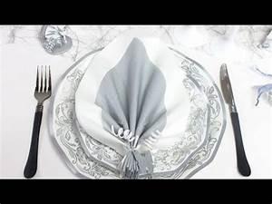 Pliage Serviette Youtube : pliage de serviette en forme de feuille de palmier youtube ~ Medecine-chirurgie-esthetiques.com Avis de Voitures