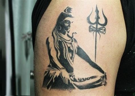 youngsters queue    shiva tattoos  mahashivratri