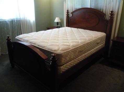 Craigslist Bedroom Sets By Owner by Pin By Rijn On Craigslist Stuff