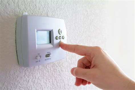 what temperature to set your thermostat in winter