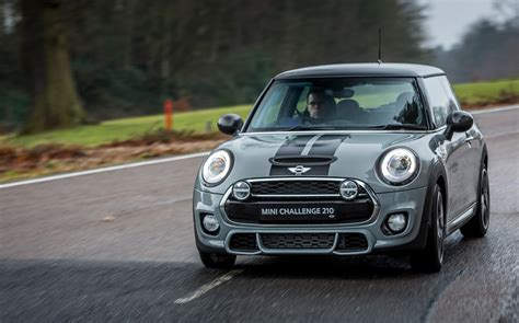 First Drive Review Mini Challenge 210 (2015