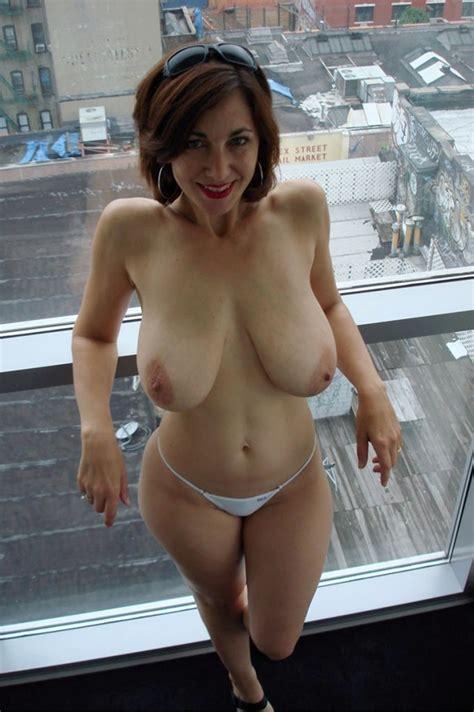 Curvy Milf Porn Pic Eporner