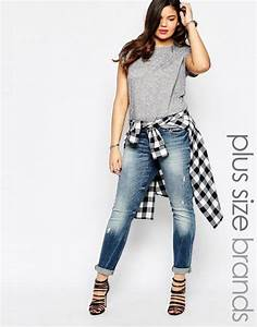 Plus Size Jeans For Women 5 best outfits - Page 5 of 5 - curvyoutfits.com