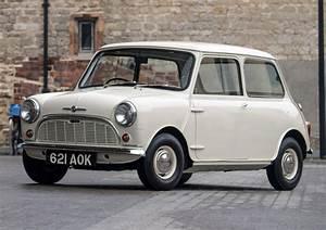 Morris Mini-Minor UK (1959, shot in 2019) photos Between