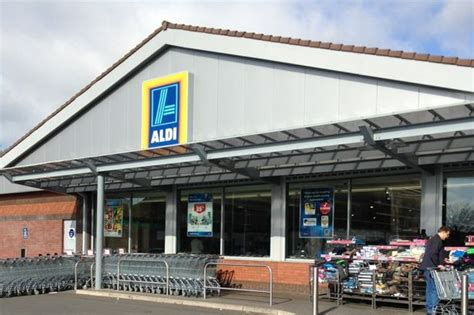 armed robbery at aldi kingstanding of the