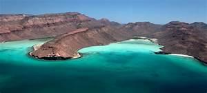 La Paz Espiritu Santo Island Luxury Yacht Destinations