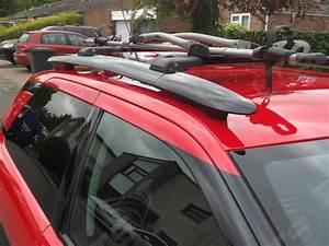 Citroen C4 Cactus Lockable Black Cross Roof Bars Rack 75 Kg Loading Capacity