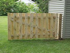 build  double gate   wood privacy fence