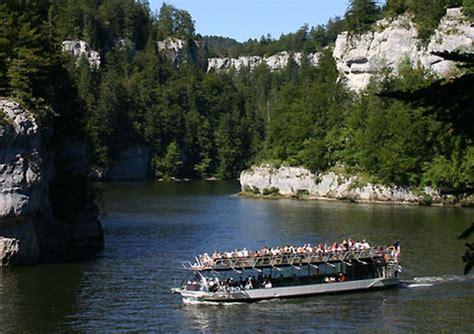 chambre d hote villers le lac photo bateaux du saut du doubs