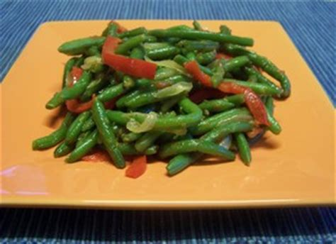 cuisiner des poivrons verts haricots verts aux poivrons plat du jour recettes de cuisine entrées plats desserts