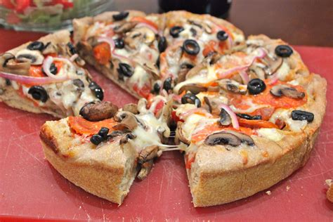 thick crust pizza skinny deep dish pizza callie cooks
