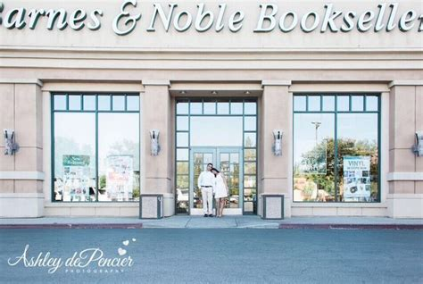 17 Best Images About Wedding Photography By Ashley Depencier Photography On Pinterest Guest Gifts For Destination Wedding Planners Lubbock Oregon Favor Ideas Of Reddit Cheap To Make Palm Springs Ireland Quad Cities