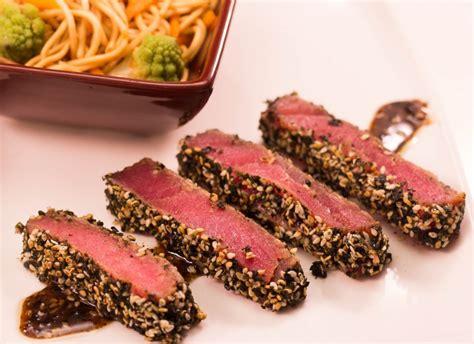 comment cuisiner du poisson tataki de thon au sésame et algues vertes thermostat7