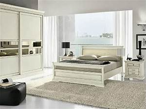 Camera da letto classica bianca for Camera da letto classica bianca