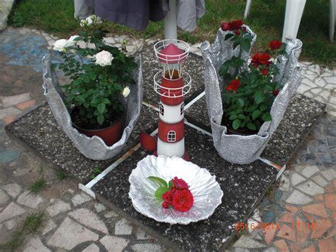 basteln mit zement beton giessen blumenk 252 bel aus handtuch und bodenausgleichmasse fajne cuda concrete garden