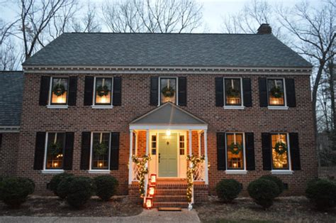 how to hang christmas lights inside windows outdoor holiday decorating the easy way to hang window