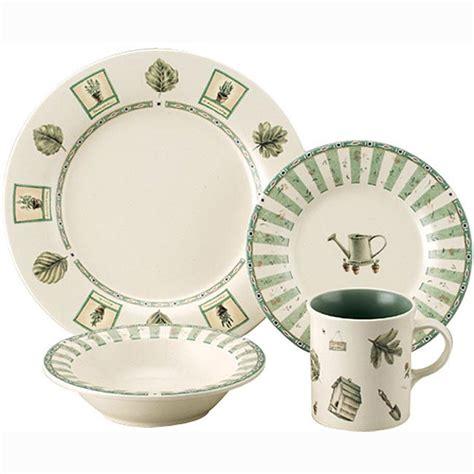 pfaltzgraff  piece naturewood dinnerware set