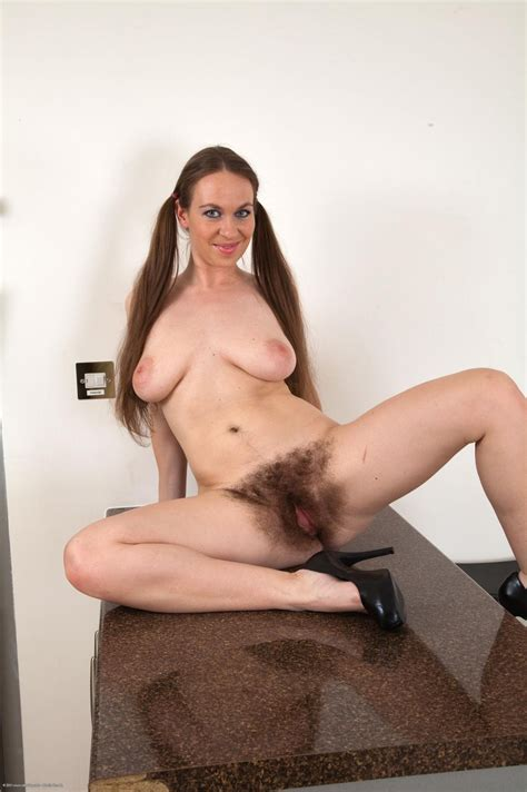 Cp0301a  In Gallery Mature Hairy Pussy Picture 2