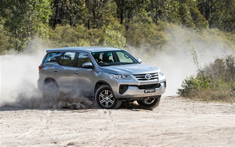 Toyota Fortuner 4k Wallpapers by Wallpapers Toyota Fortuner Gx 2017 Suv Silver