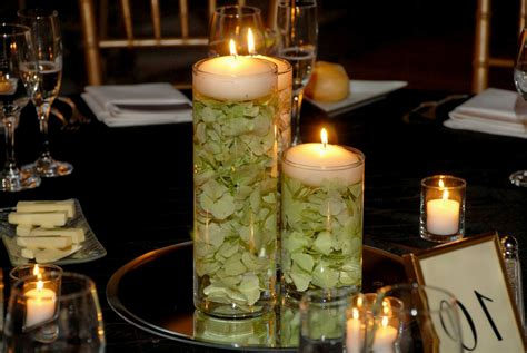 New Floating Candles And Flowers For Wedding Centerpieces