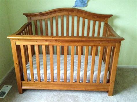 convertible crib pinehurst lifestyle crib babi italia