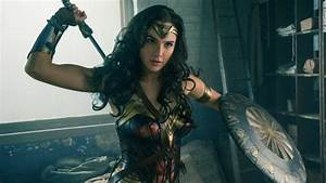 'Wonder Woman' banned in Lebanon because lead actress is ...